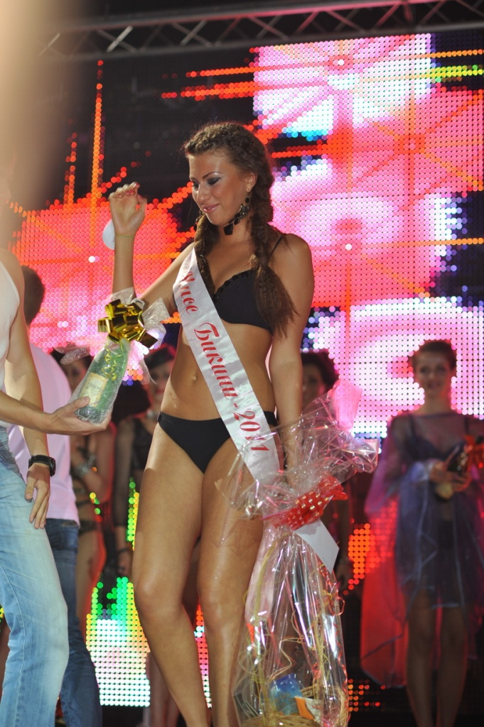Мисс мини бикини 2011